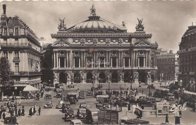 ESTEL 241 - La Place de l'Opéra