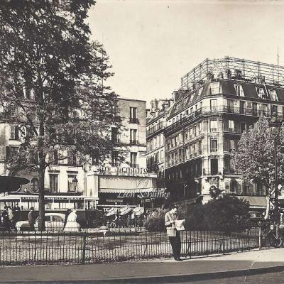 ESTEL 22329 - La Place Pigalle