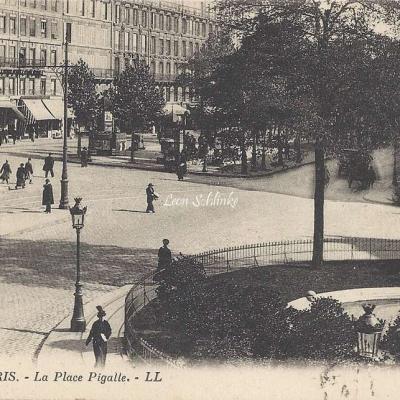LL 82 - La Place Pigalle
