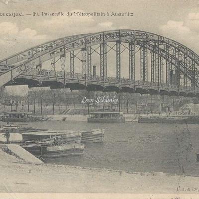 LJ & Cie 39 - La Seine Pittoresque - Passerelle du Metropolitain