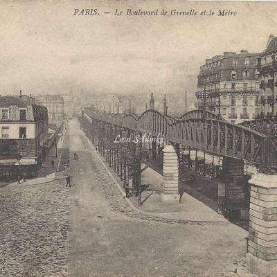 ND 1480 - Le Boulevard de Grenelle et le Metro