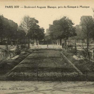 Le Houédec - PARIS XIII° - Boulevard Auguste Blanqui, pris du Kiosque à Musique