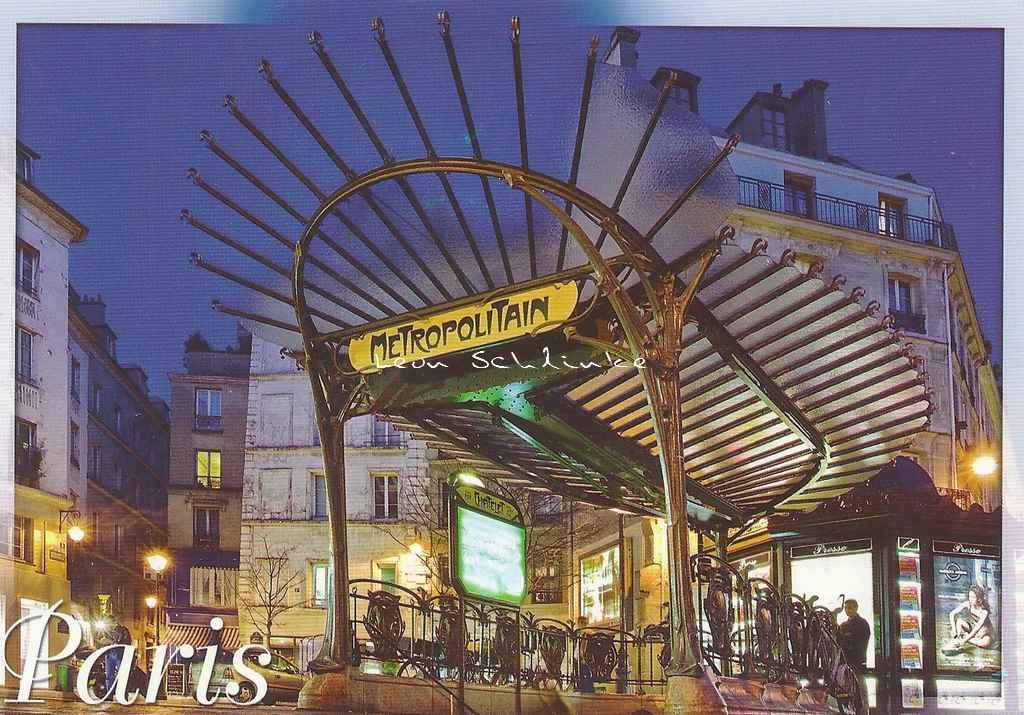 Leconte 101.463 - Sortie du Métro ''Châtelet'', pl. Ste-Oppportune