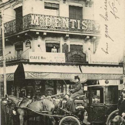 Les Cochères à Paris - Mme Dufaut à la Presse Coloniale