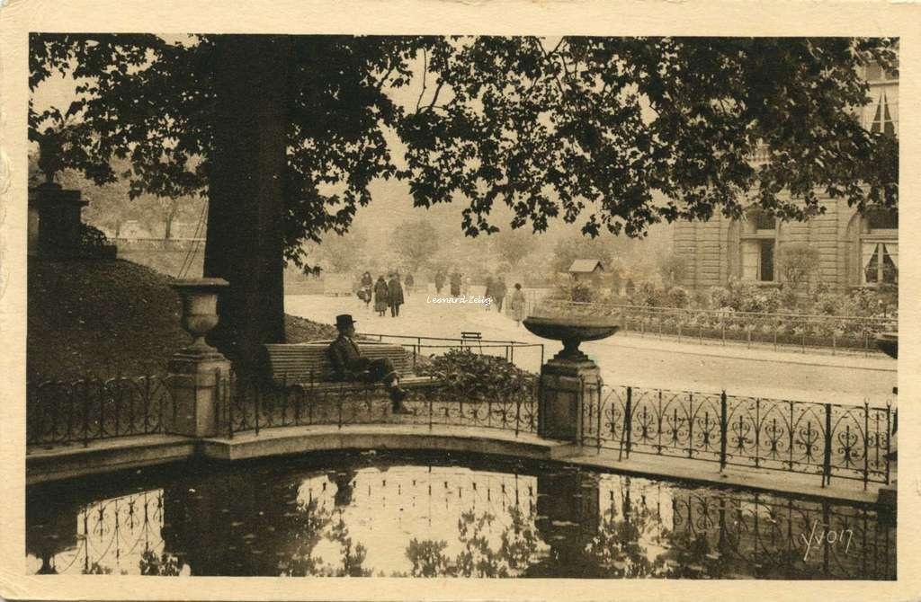 Les Jardins et le Palais du Luxembourg