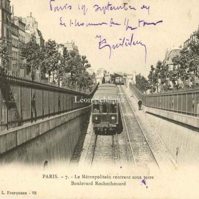 LF et V 7 - Le Métropolitain au Boulevard Rochechouart
