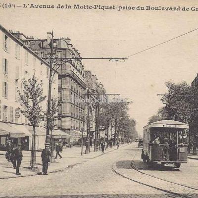 LIP 583 - L'Avenue de la Motte-Piquet (au Boulevard de Grenelle)