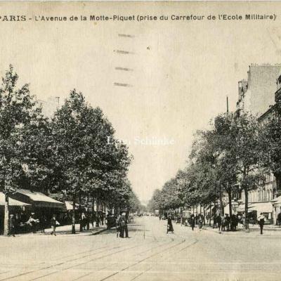 LIP 584 - L'Avenue de la Motte-Piquet (Carrefour de l'Ecole Militaire)
