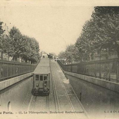 LJ&C 11 - Le Métropolitain. Boulevard de Rochechouart