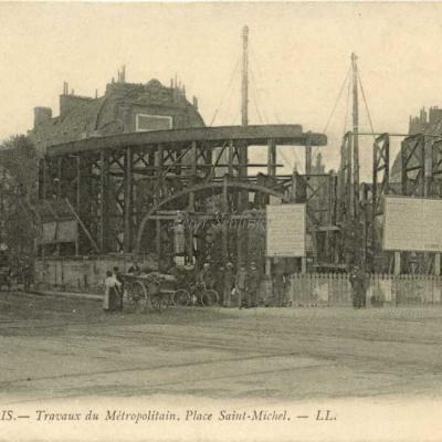 LL 1034 - Travaux du Métro. Place Saint-Michel