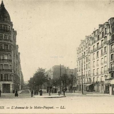 LL 236 - PARIS - L'Avenue de la Motte-Picquet