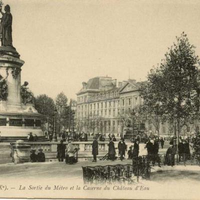 LL 50 - La Sortie du Métro et la Caserne du Château d'Eau