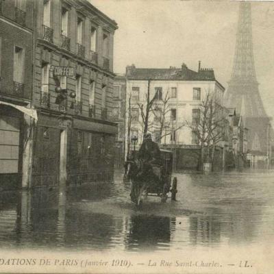 LL - INONDATIONS DE PARIS (Janvier 1910) - La Rue Saint-Charles
