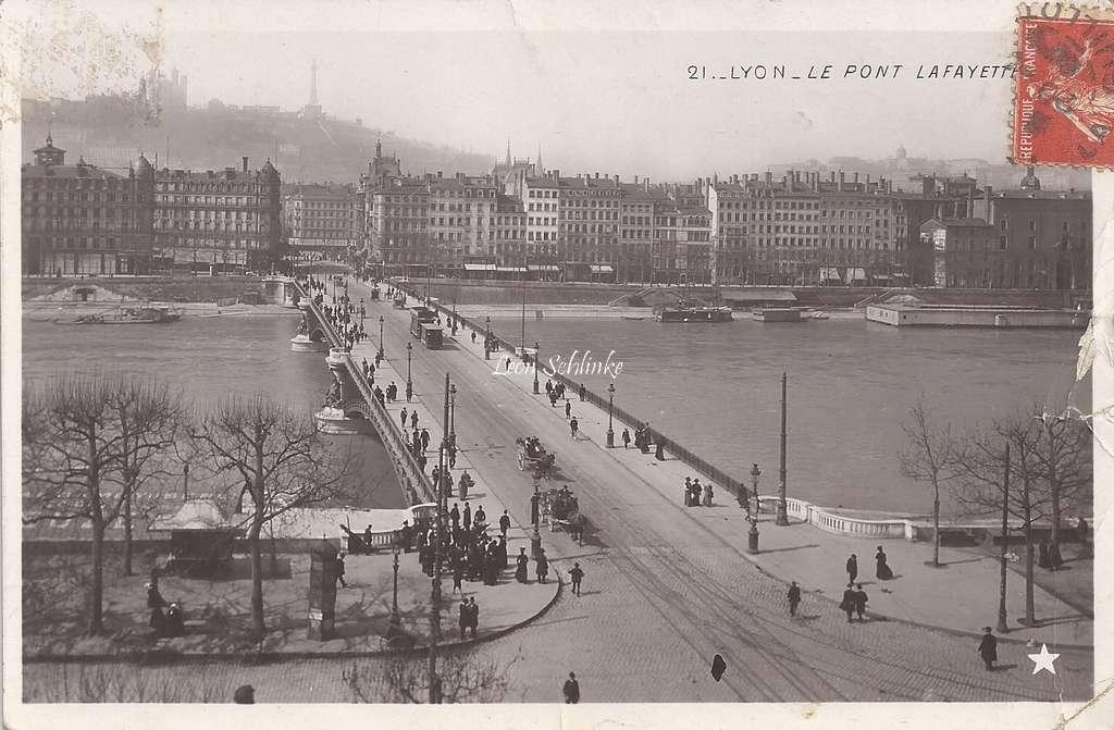 Lyon - 21