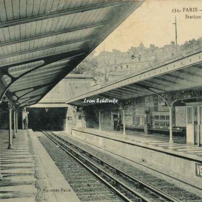 Marmuse 434 - Métropolitain - Station St-Jacques
