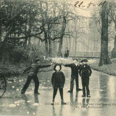 Marmuse - Bois de Vincennes Pont et Rivière au Lac Daumesnil