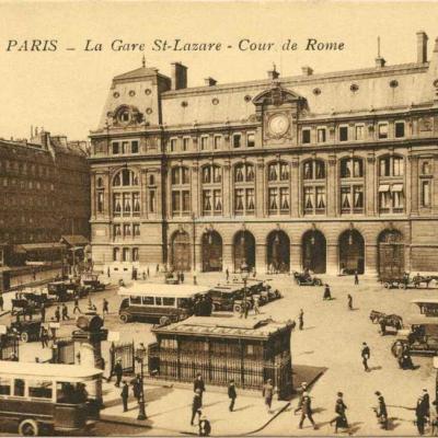 MF 81 - PARIS - La Gare St-Lazare - La Cour de Rome