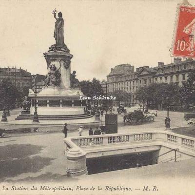 MR 192 - La Station du Métropolitain, place de la République