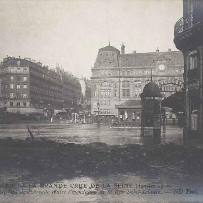 ND 169 - Grande Crue de Janvier 1910 - Barrage contre l'inondation