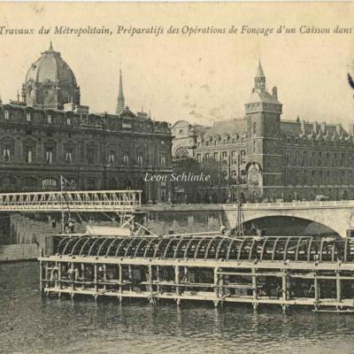 ND 1772 - Travaux dans le lit de la Seine