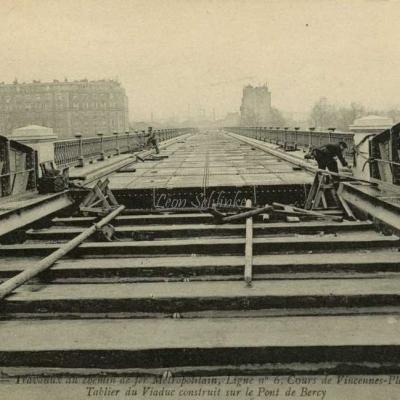 ND 1973 - Tablier du Viaduc construit sur le Pont de Bercy
