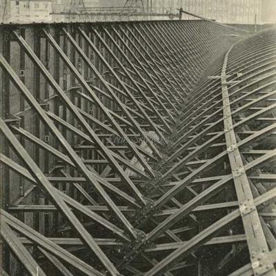 ND 1974 - Un des flancs du caisson de la Gare Saint-Michel