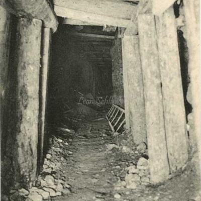 ND 1978 - Travaux souterrains, galerie initiale d'avancement