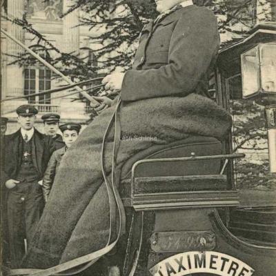 ND 2265 - Sue le siège, Mme Charnier