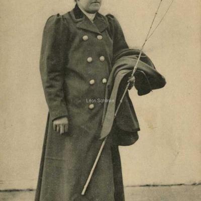 ND 2267 - Mme Lutgen ex-comtesse du Pin de la Guérinière