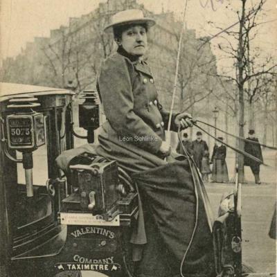 ND 2269 - Mme Lutgen ex-comtesse du Pin de la Guérinière