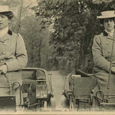 ND 2345 - Mlles Victoria et Blanche Etienne de la Valentin's Company