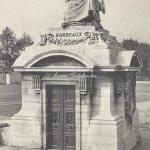 ND 2426 - Place de la Concorde, Statue de la Ville de Bordeaux
