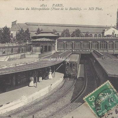 ND 2821 - Station du Metropolitain (Place de la Bastille)