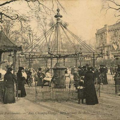 ND 715 - Aux Champs-Elysées, les Chevaux de Bois