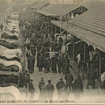 ND 842 - Le Marché aux Chevaux