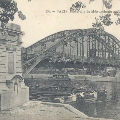 Marmuse 296 - Passerelle du Metropolitain quai d'Austerlitz