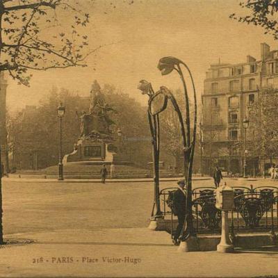PATRAS 218 - PARIS - Place Victor-Hugo