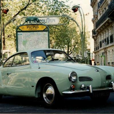 Photo - Station Picpus, une belle VW Karman Ghia