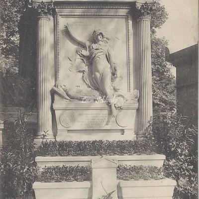 31 - Monument de Jules Michelet (1798-1874)