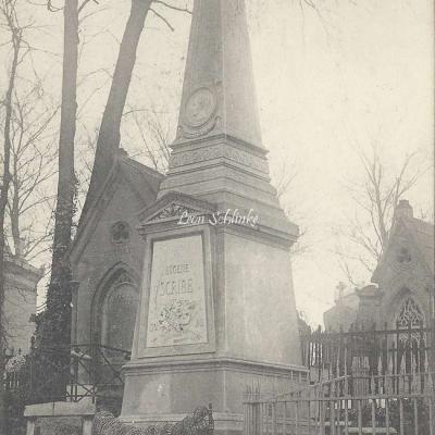 49 - Monument d'Eugène Scribe
