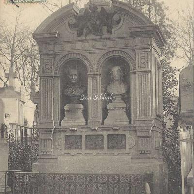 50 - Monument de Crozatier
