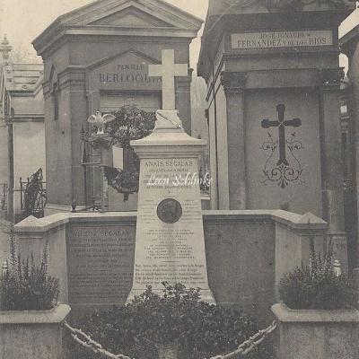 56 - Monument de V. Ségalas