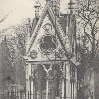 64 - Le Monument d'Héloïse et d'Abélard