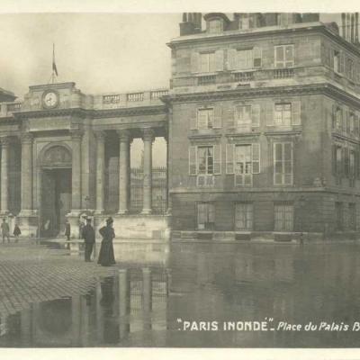 Place du Palais Bourbon