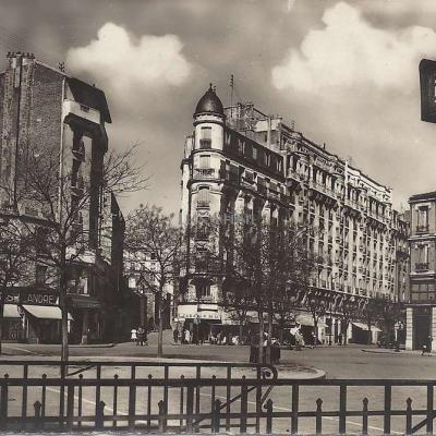 Raymon 275 - Montreuil - La Croix de Chavaux