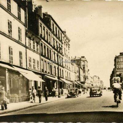 Raymon 666 - Les Lilas Carrefour du Métro