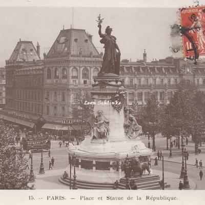 Rose 15 - Place et Statue de la République