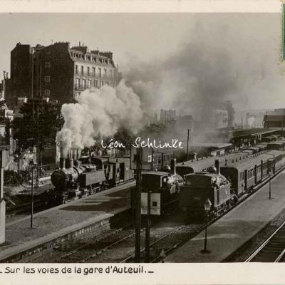 Rose 290 - Sur les voies de la gare d'Auteuil