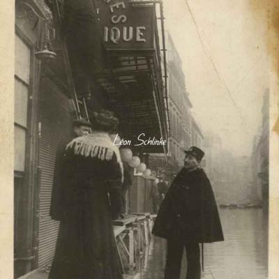 Rose 479 - Inondations 1910 - Rue St-Dominique