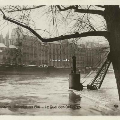 Rose 499 - Inondations 1910 - Quai des Orfèvres